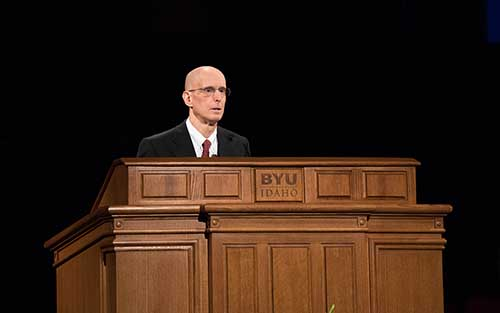 Henry J. Eyring speaks at BYU-Idaho commencement ceremony.
