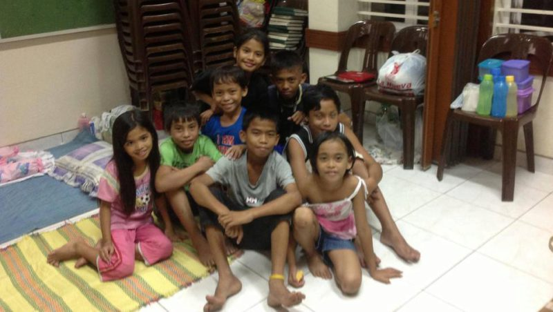 typhoon-yolanda-children